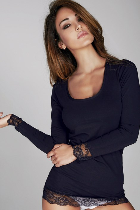 Bluza Laura, decorata cu dantela