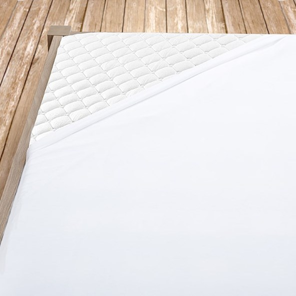 Biele bavlnené prestieradlo s gumou